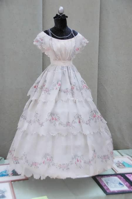 платье вышивка лентами